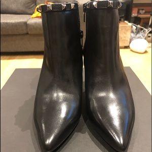 LODI/Size 6/Black /Leather Heels/NWT